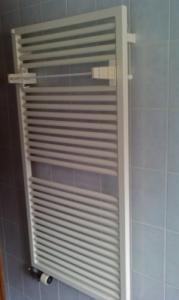 Radiateur sèche serviette comme neuf