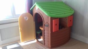 Maison plastique pour enfants