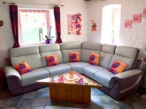 Canapé d'angle neuf en cuir