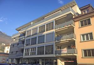 HOME SERVICE vous propose un appartement de 3,5 pièces avec balcon.