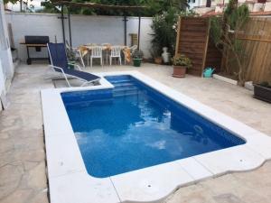 PROMOTION Esp Cambrils villa piscine 6/8 pers. 50m mer