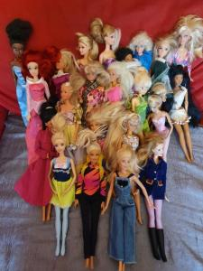 Poupées Barbies