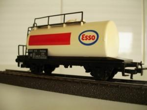 Märklin HO 4441 wagon-citerne ESSO sans
