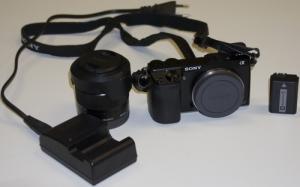 Sony NEX-7 + objectif SONY 18-55 mm / f: