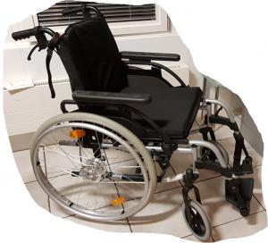Chaise roulante pliable et légère