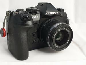Olympus OM-E E-M1 Mark II