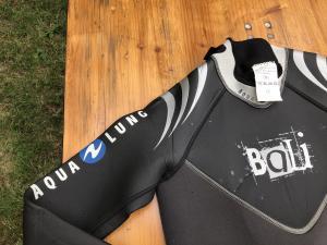Combinaisons de plongée Aqualung Bali et Waterproof