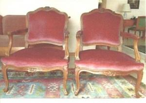 Deux fauteuils style Régence