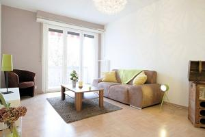 Magnifique meublé 2.5 p / 1 chambres / 1 SDB / Balcon avec vue