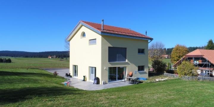 Grande maison familiale avec situation calme et magnifique !!!