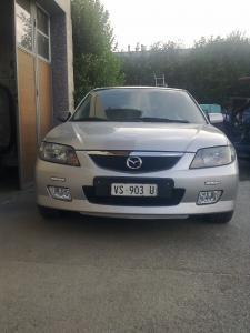 A  vendre d'occasion Mazda 323 f