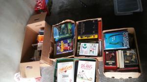 5 caisse de  livres enfants-  adultes le lot