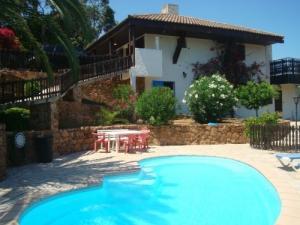 Maison avec piscine en Corse