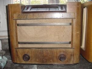 Encienne radio a lampe