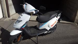 Vend scooter Tapo