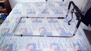 Vends barrière de lit