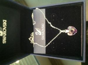 collier en cristalle Swarovski  neuve
