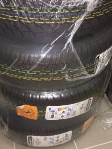 4 pneus d'hiver Continental WinterContac