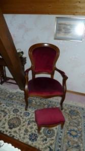 Ensemble fauteuil avec un repose pied
