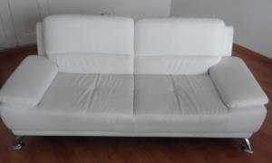 Beau et Moderne canapé CUIR Blanc