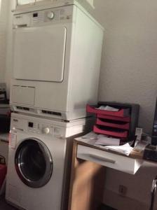 Machina à laver et sèche linge