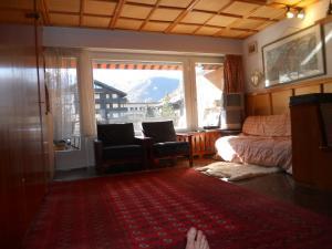 Grand studio avec balcon et vue Cervin
