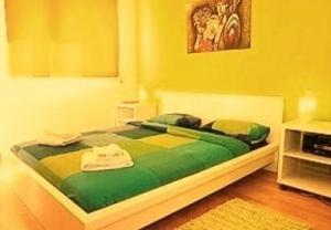 rent daily apartment in Barcelona, Spain