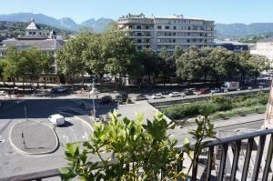 Chambéry (Fr), Coeur de ville T3 110 m2