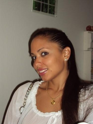 beaune black personals 49, beaune black men in bourgogne, france looking for a: woman aged 18 to 45 i'm black african, 42 years old, wisdom age, 170 cm, average weight, looking young, seemingly calm, well-educated and open-minded, i love to learn and enjoying live i'm looking for a white woman, whit.