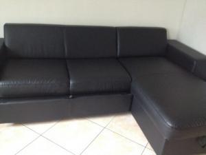 Canapé-lit cuire noir