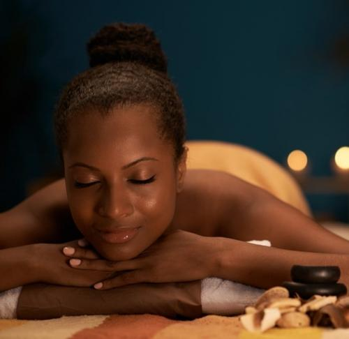 MASSAGE RELAXANT AFRICAIN