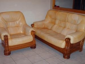 Meubles de salon : fauteuil bois et cuir