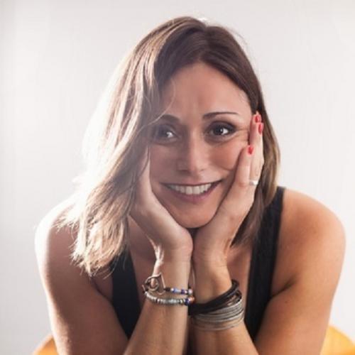 Anita, Spécialiste des Arts Divinatoire