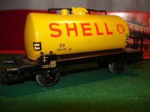 Märklin HO 4502 Tank Wagon SHELL, inscription SHELL