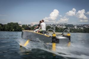 Maquette bateau volant RC à louer
