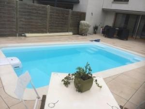action piscines avec bloc filtrant