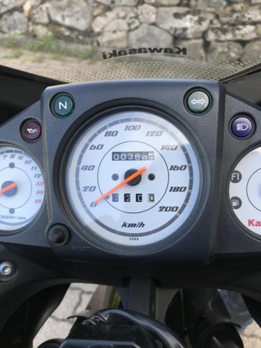 388 km Kawazaki NINJA 250R Noir