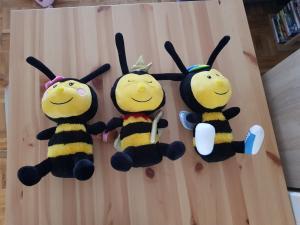Peluches abeilles
