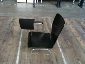 Chaise avec tablette pour prendre note
