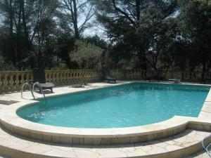 PROMO LOCATION 2 PERS PROVENCE (SUD FRANCE) PISCINE TENNIS
