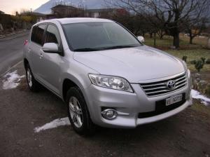Toyota rav4 2.2-4D Styl