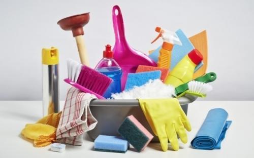 Nettoyages tout service. .....