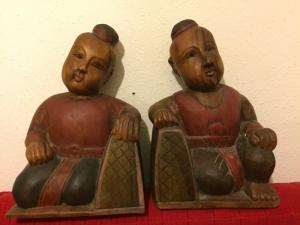 Bouddha en bois sculptés et peints