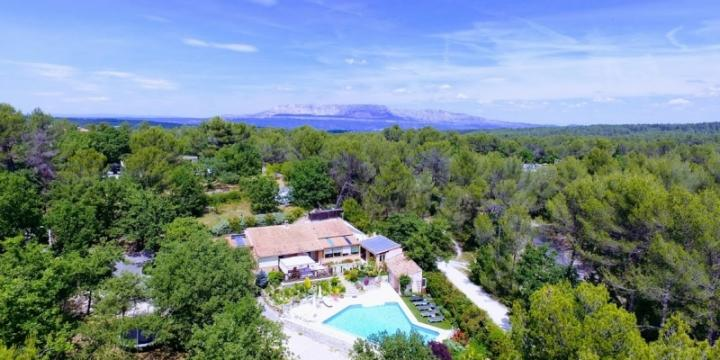 Aix en Provence, Villa, vaste Piscine chauffée, jeux