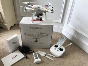 DJI Phantom 3 Professional Quadcopter w/