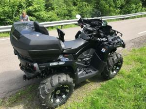 Quad Can-Am Xt-p 1000