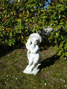 Statuette de jardin en parfait état