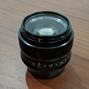 FUJIFILM FUJINON XF 35 mm f1.4 R Objectif Série X.