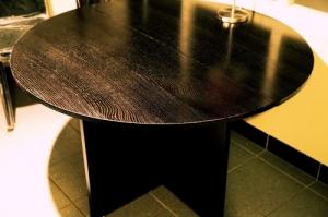 Table ronde modulable en bois