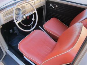 1960 Volkswagen Beetle-Coccinelle